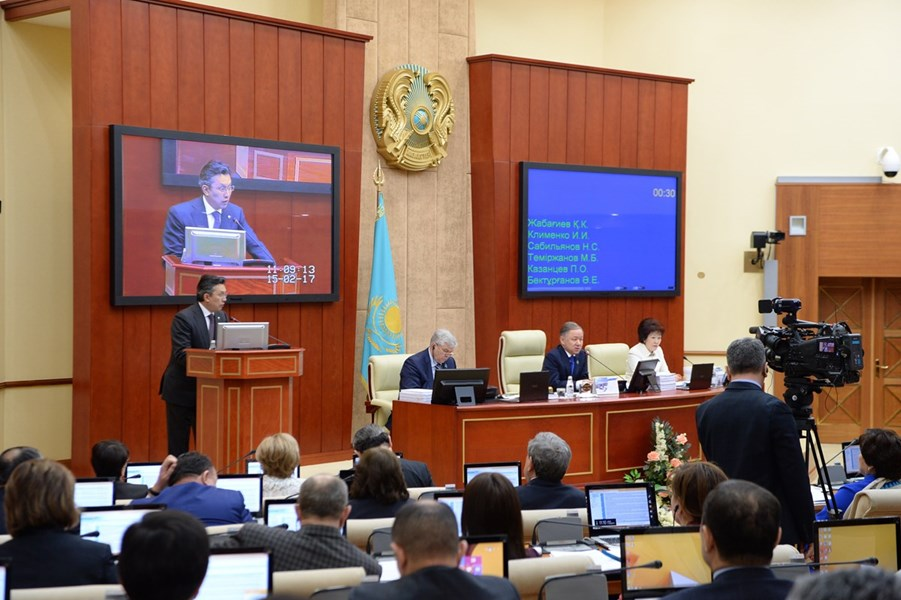 15.02.2017 – Mazhilis supported governmental amendments to the three-year budget